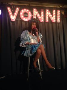 Nobody does it like Vonni. Photo by Libby Parker
