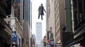 michael-keaton-birdman-flying-xlarge
