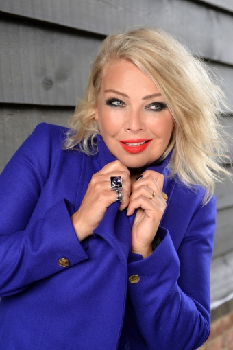kim_wilde_2015_0675b_photo-by-steve-ullathorne