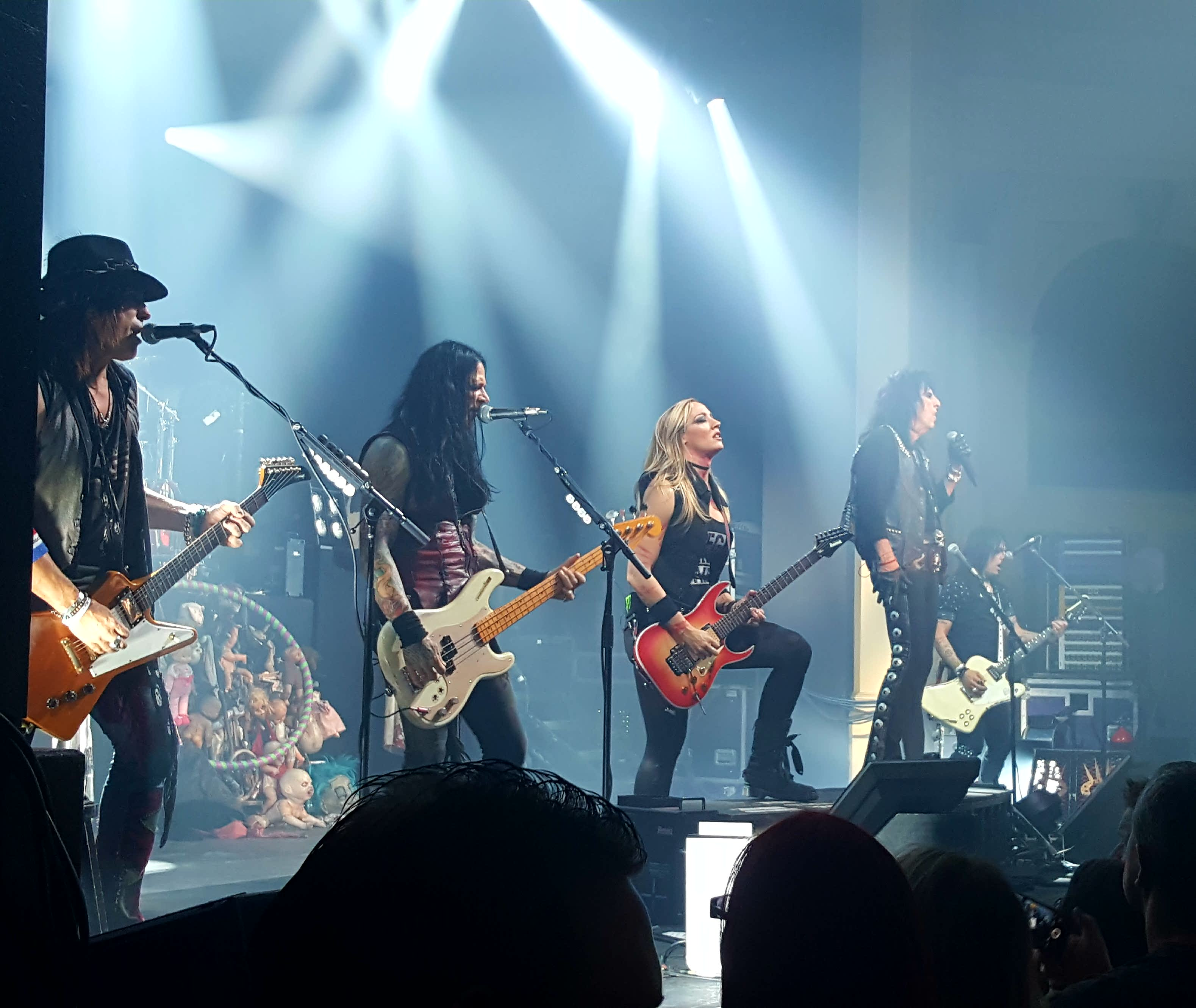 Live review ace frehley alice cooper thebarton theatre 19th speaking of the band heading it up at the back on drums was glen sobel sixx am and tommy henriksen on guitar as always it was awesome to see alice kristyandbryce Gallery