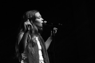 Maggie Rogers @ The Thebby 25.5.19_kaycannliveshots_17